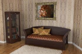 Деревянная кровать Аттика